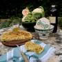 Crescenza di Parma e torta salata con piselli